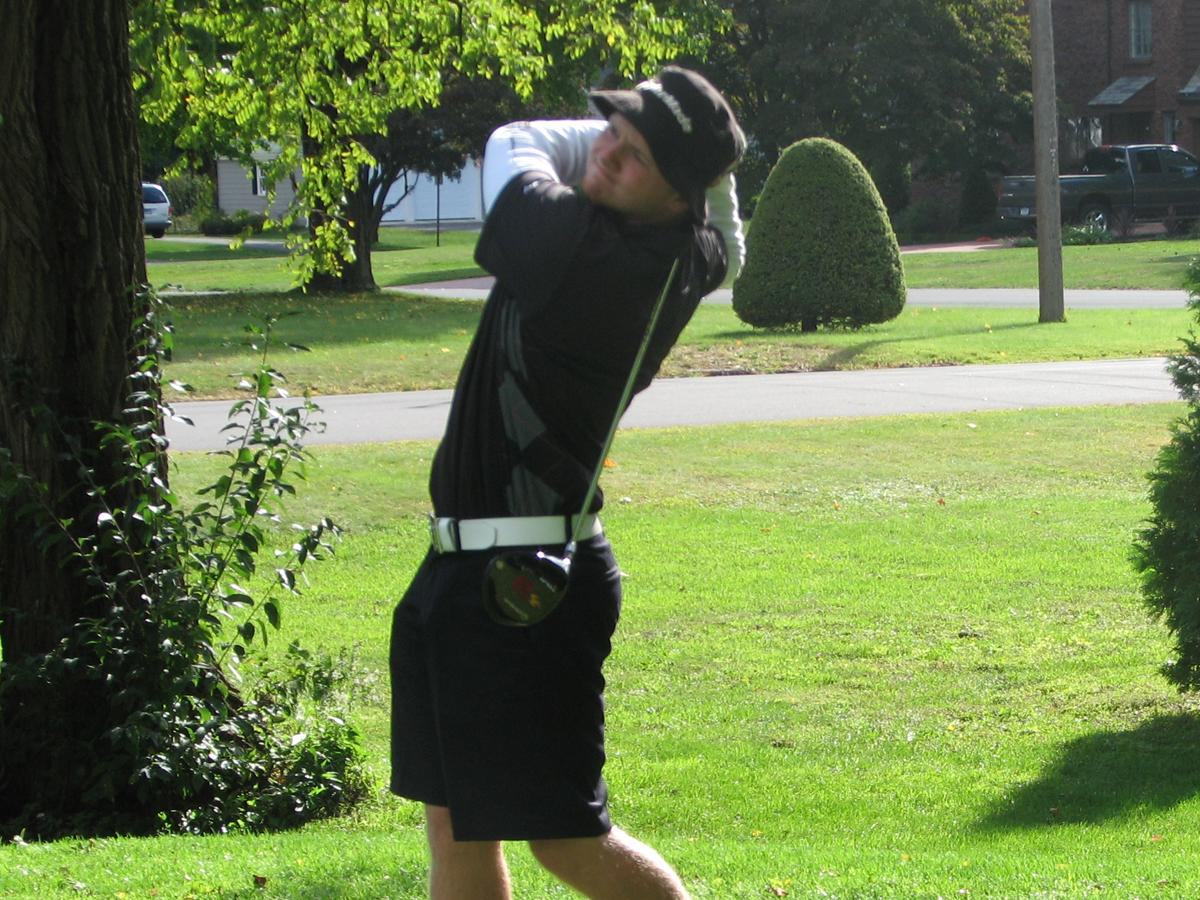 Follow CCSU Men's Golfer Eric Hawerchuk Live at the NCAA Division I Northeast Regional