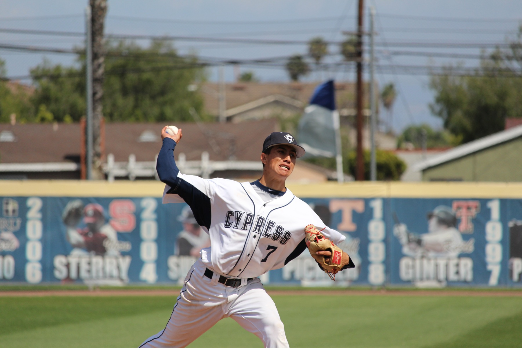 No. 8 Chargers Dominate Rustlers in Series Opener, 7-2