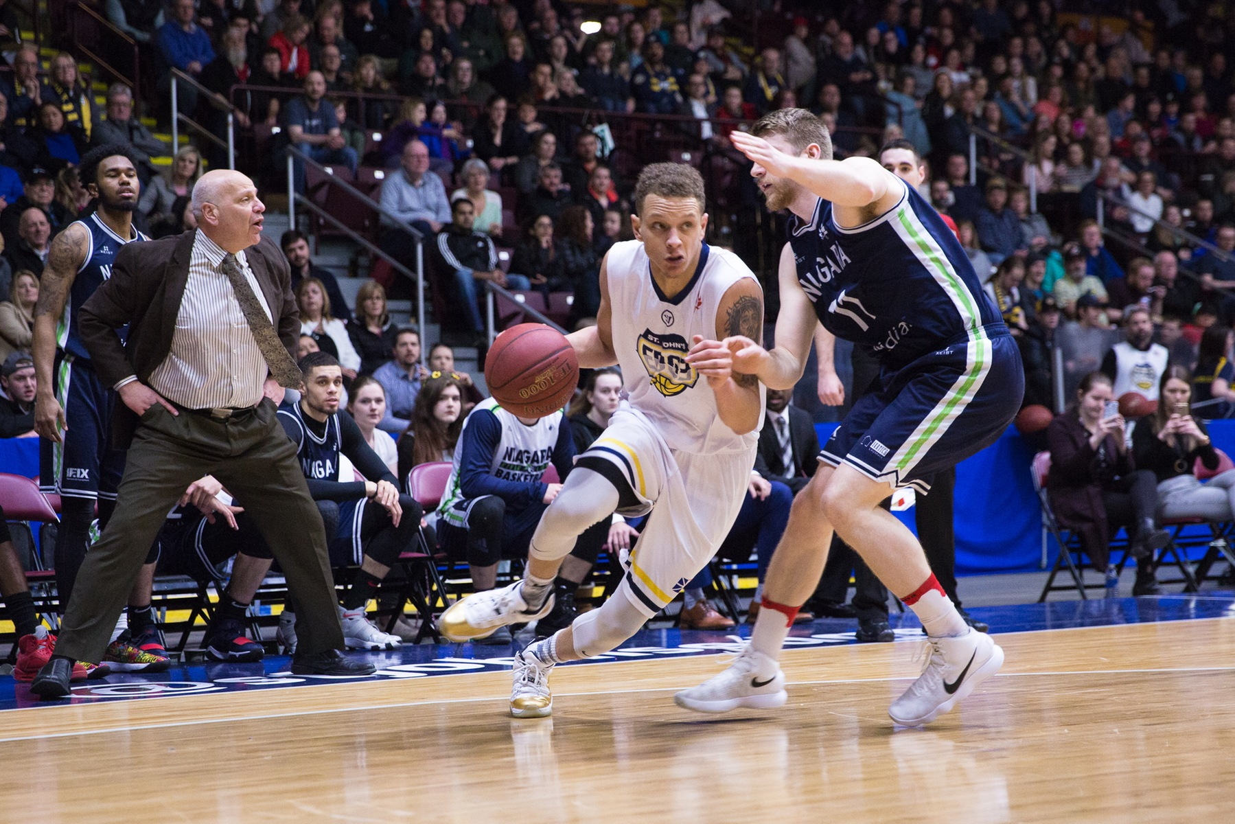 River Lions Swamp the Edge, 88-99