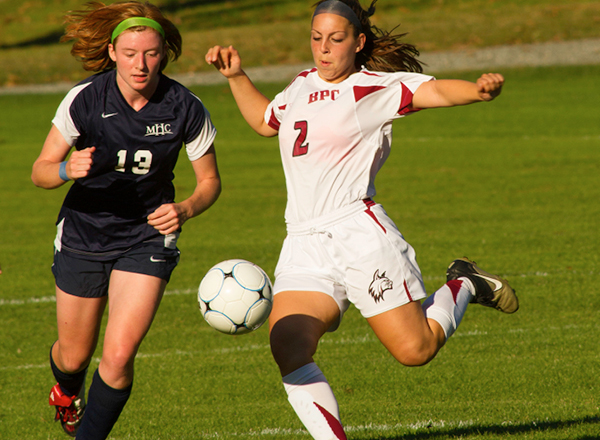 Wildcats Claw Eagles in NECC Action 7-0