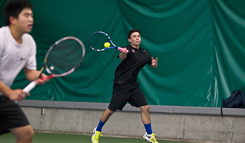 Men's Tennis Defeats Southwestern (TX) 5-4; Falls to Our Lady of the Lake 5-4