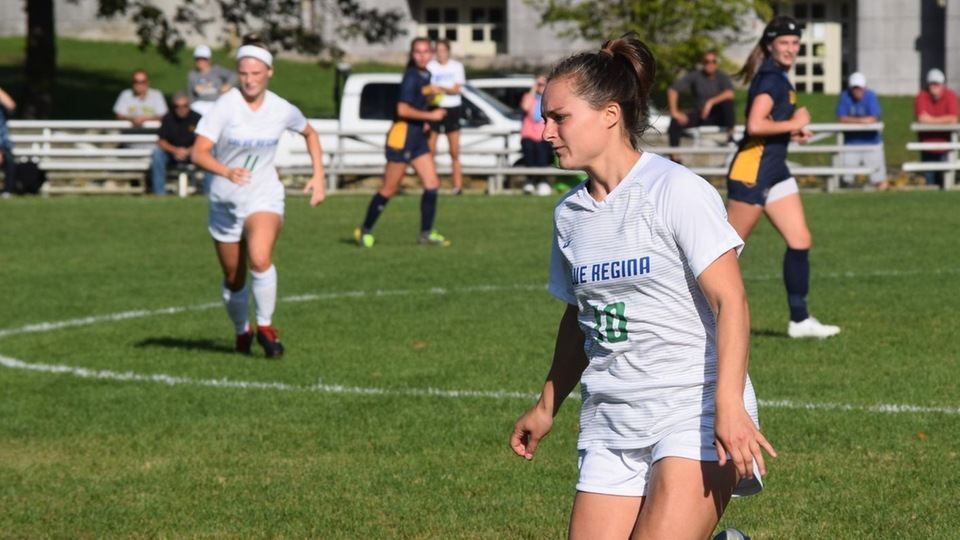 Anna Downes in action against UMass Dartmouth. (Photo by Logan Marsh)