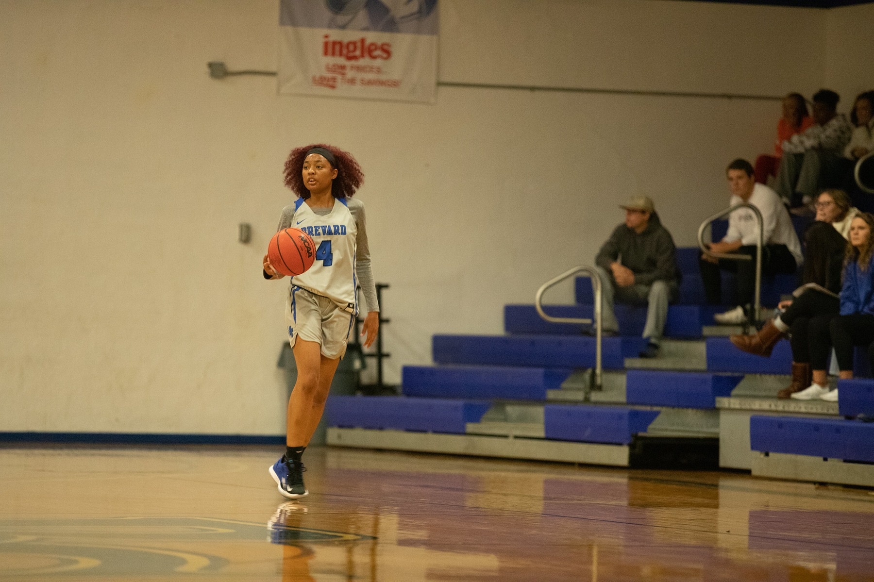 Freshman guard Mekindia Martin scored 10 points to help lead Brevard's efforts at Berry (Photo courtesy of Thom Kennedy '21).