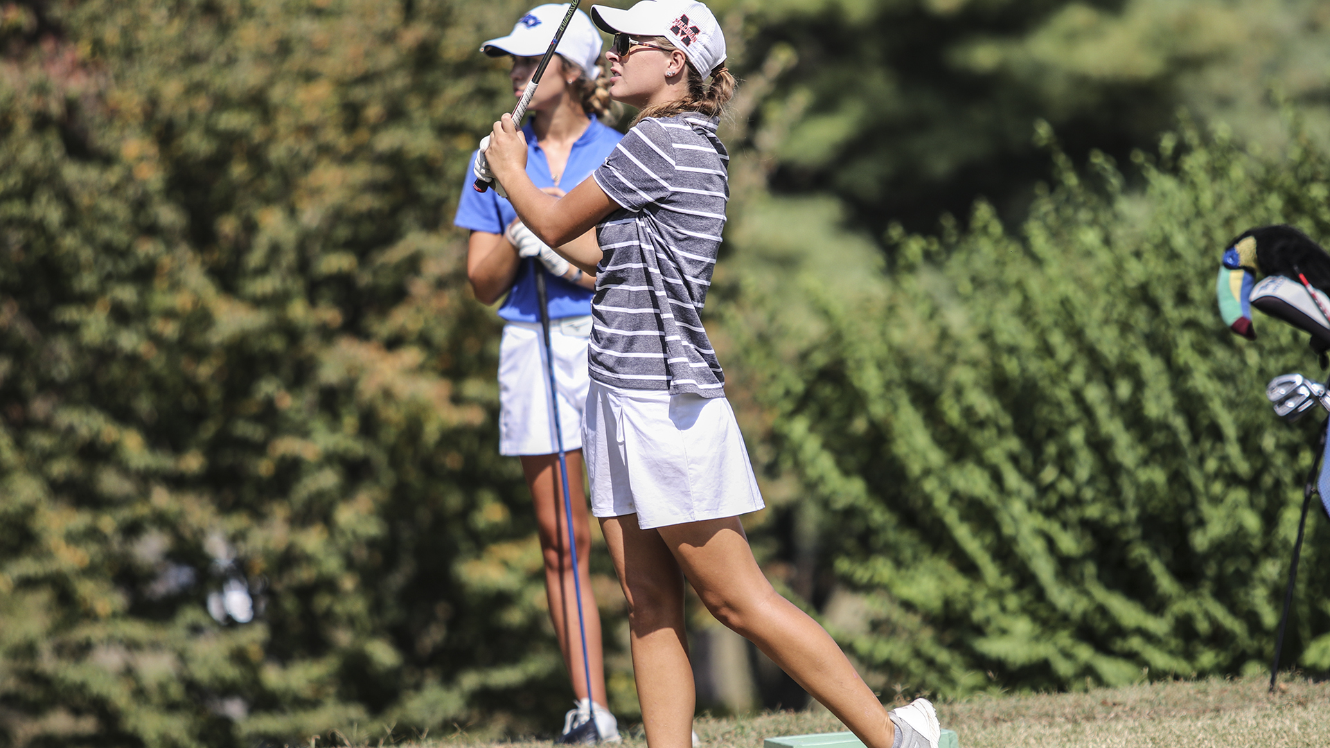 Women's golf jumps to No. 16 in national poll