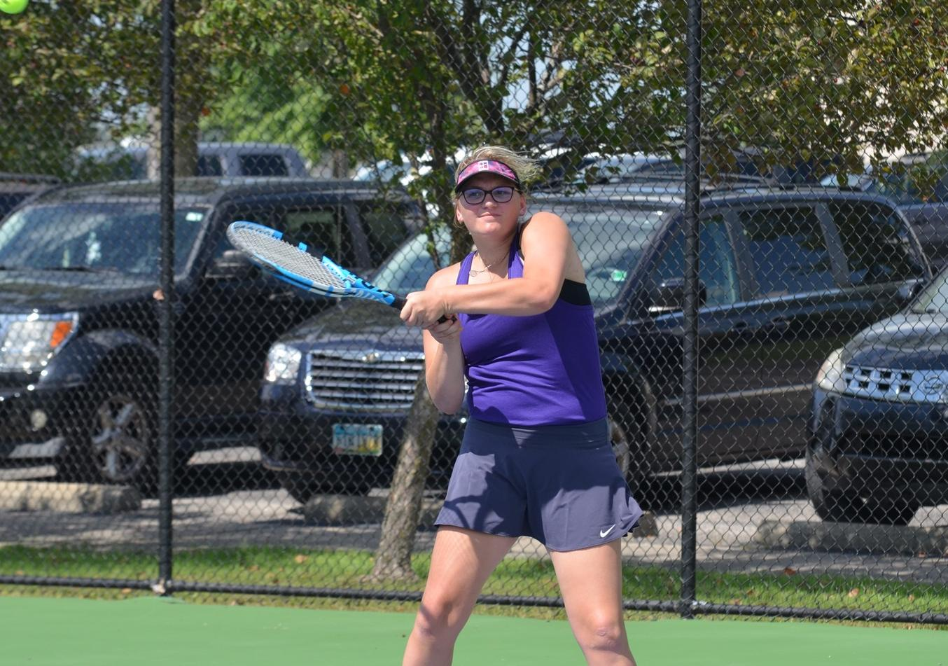 Women's Tennis Swept by Trine