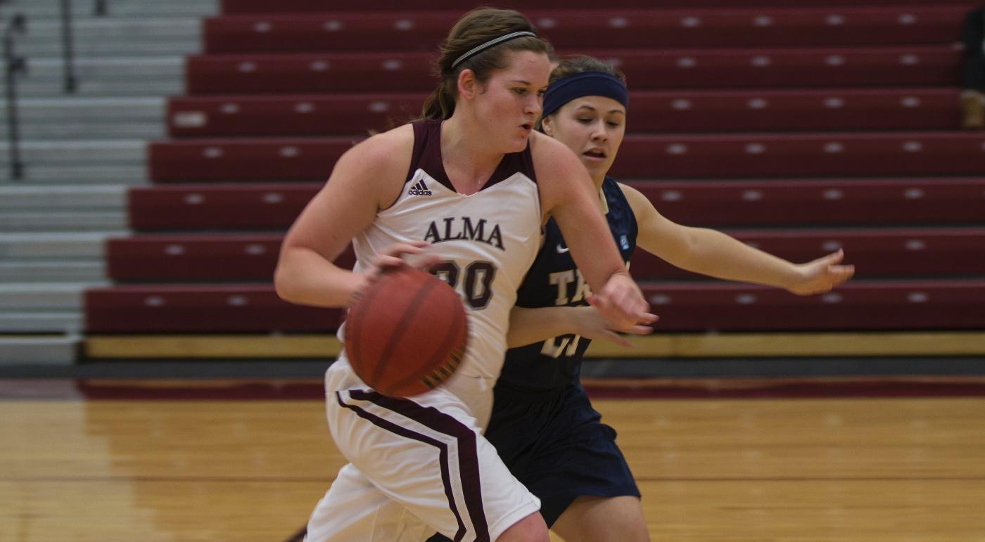 Scots Women took on Trine in basketball on Thursday night and fell by a score of 79-70