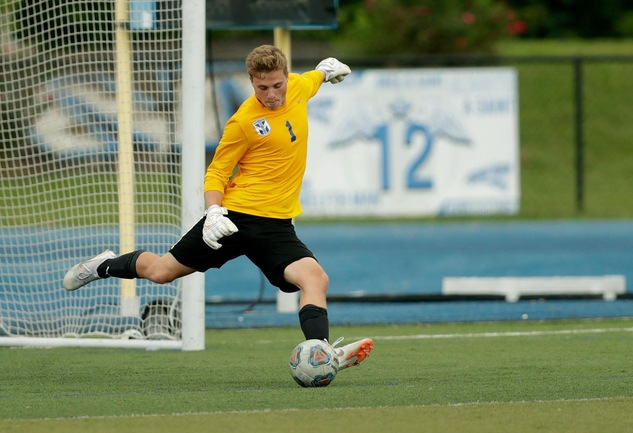Men's Soccer Defeats Finlandia to Advance to ACAA Championship Match