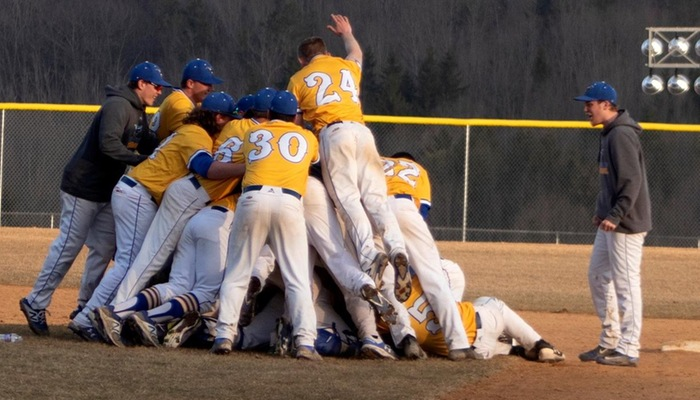 Pioneers celebrate walk-off win