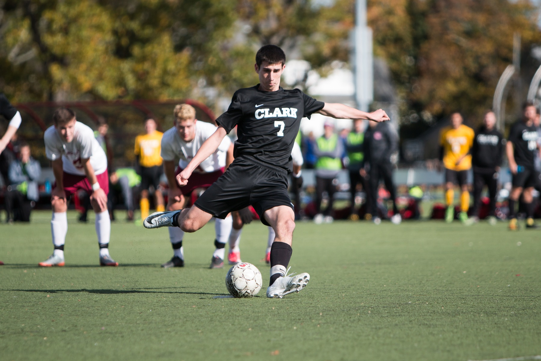 Men's Soccer Falls at Springfield in NEWMAC Semifinals