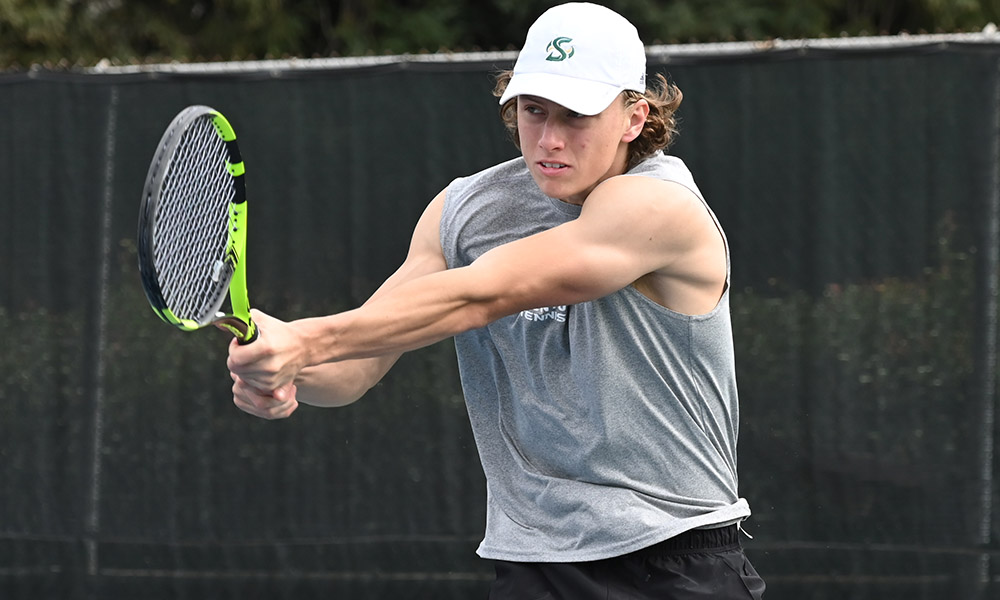MEN'S TENNIS FALLS AT HOME TO YALE, 4-3