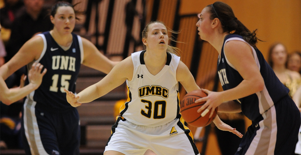 Women's Basketball Outlasted by New Hampshire, 46-35