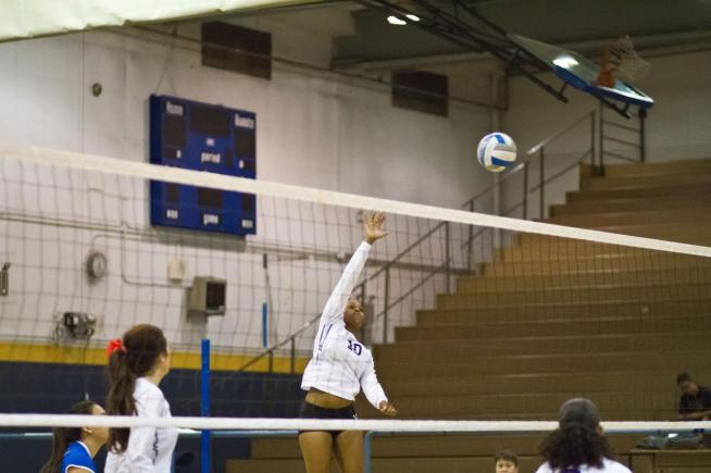 Latioa Peters (10) led the Falcons with 14 kills in their sweep of LA Trade-Tech.