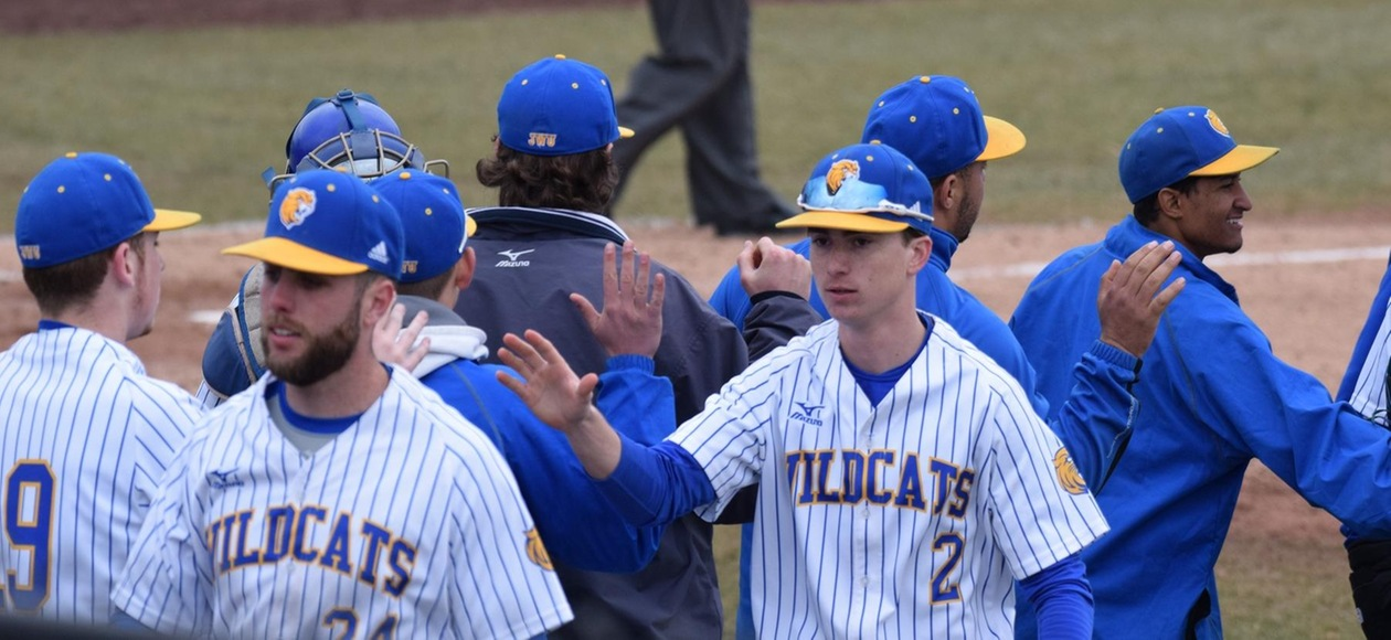 Walk Off Walk Gives JWU Baseball 7-6 Win over Norwich in GNAC Tournament