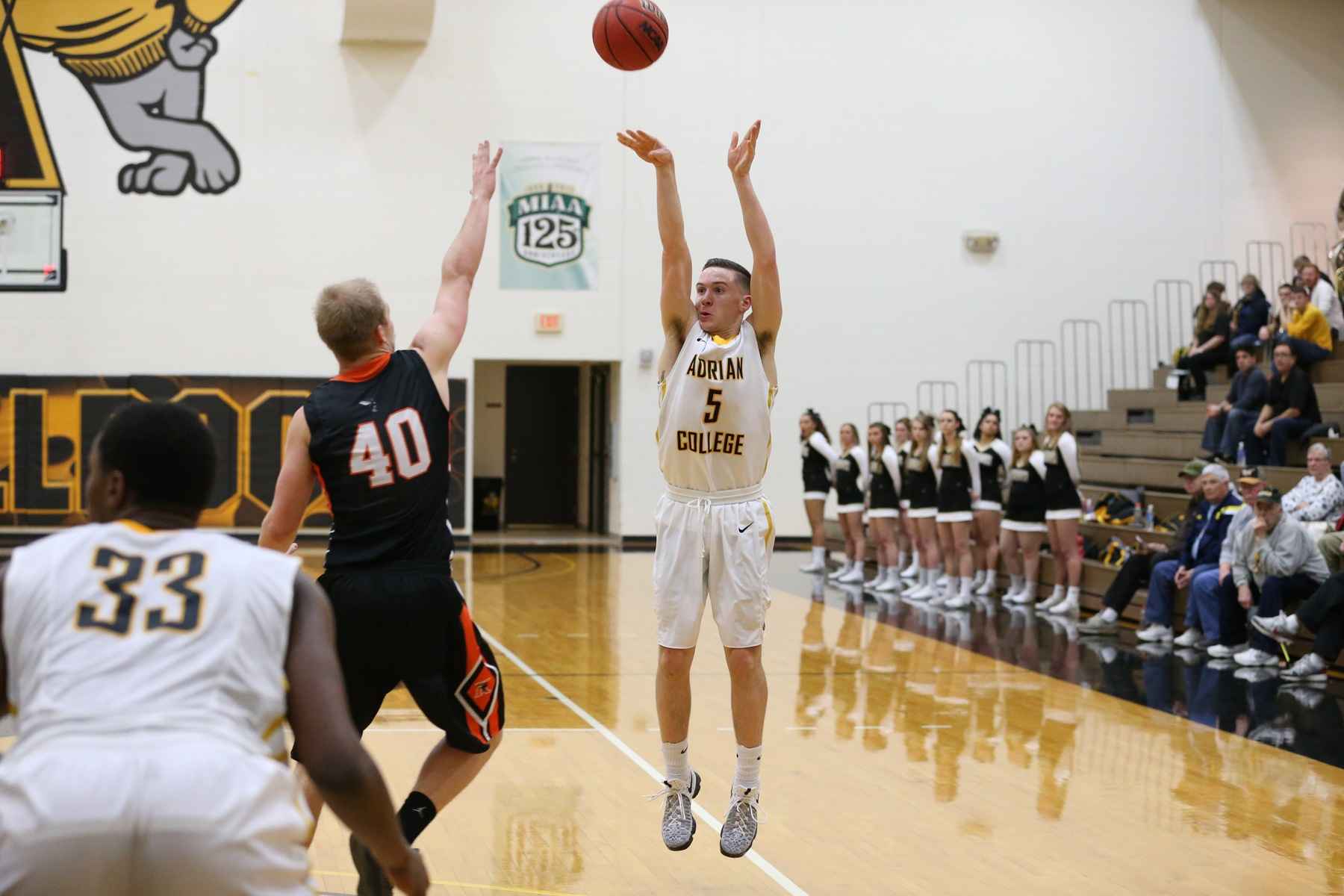 Andrew Landini scored a career-high eight points at home tonight versus Hope. (Photo by Mike Dickie)