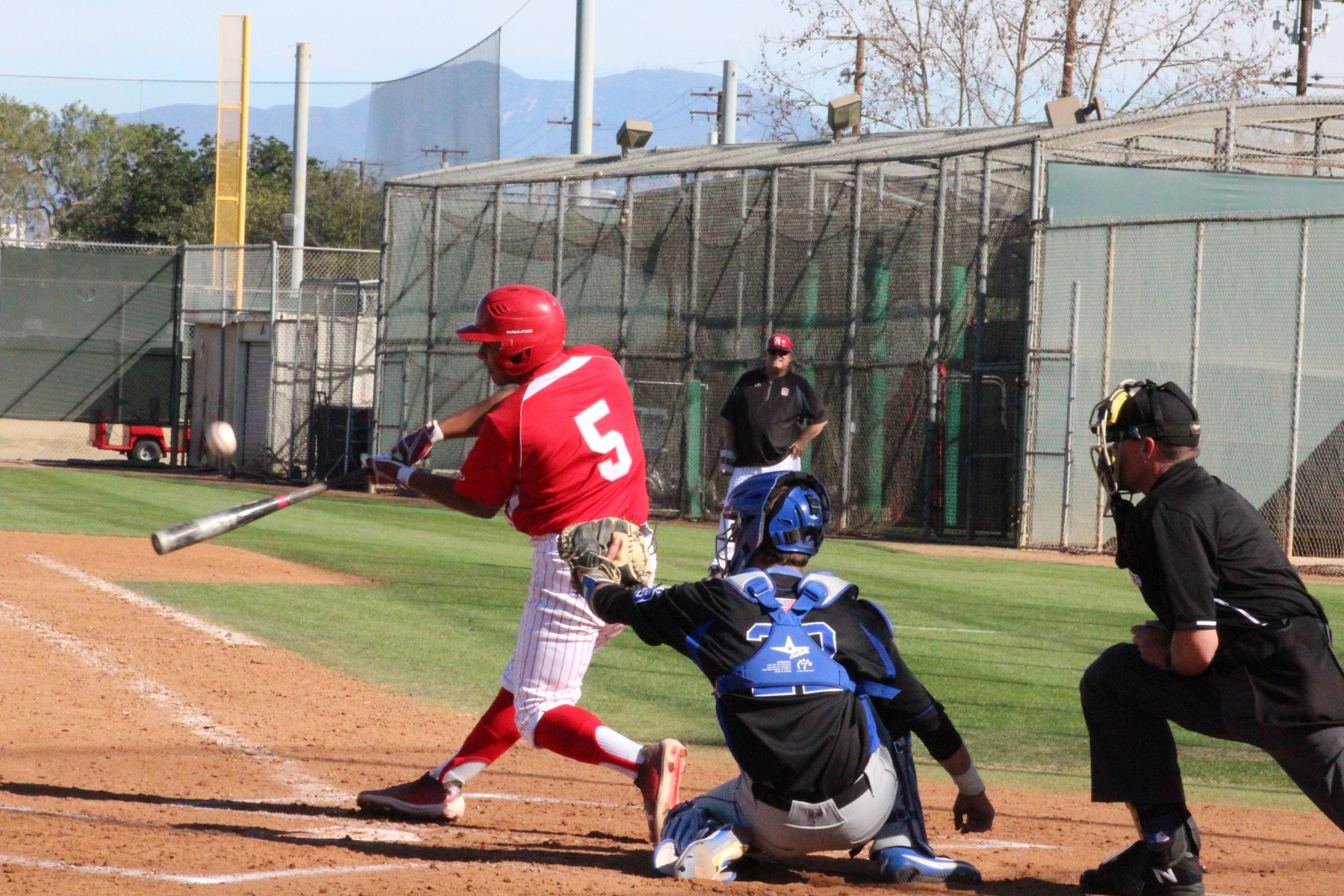 Gonzalez's Grand Slam Propels Dons to 11-7 Win