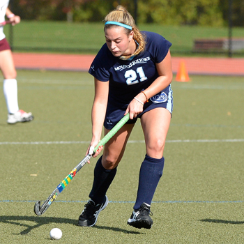 Field Hockey Blanks Regis, 10-0 in Season Opener