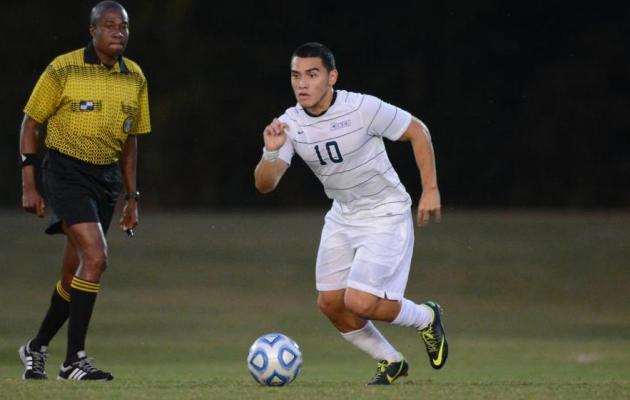 Recinos Named Men's Soccer Player of the Week