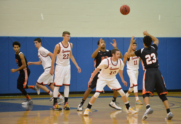 Men's Basketball Earns First Win of Season Over Hawks