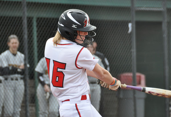 Softball: Panthers beat Salem for first GSAC win of season