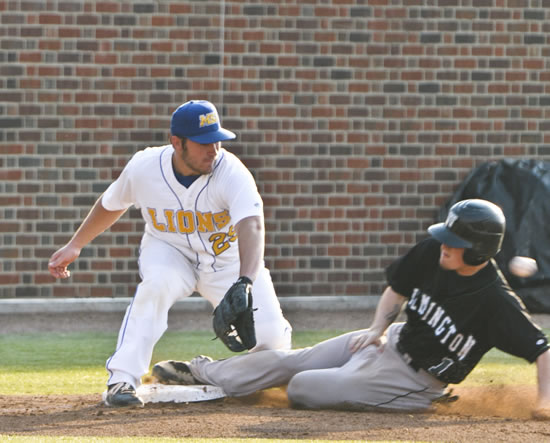 Mount baseball team registers 5-0 shutout win over Ohio Wesleyan University