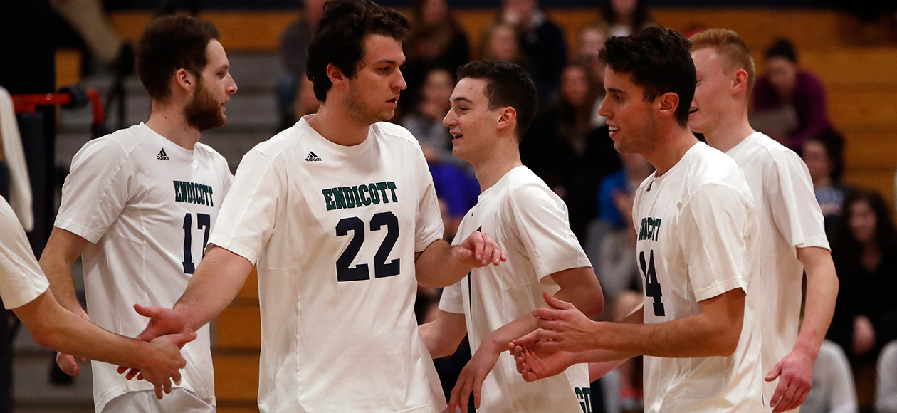 Men's Volleyball Downs Southern Vermont, 3-0