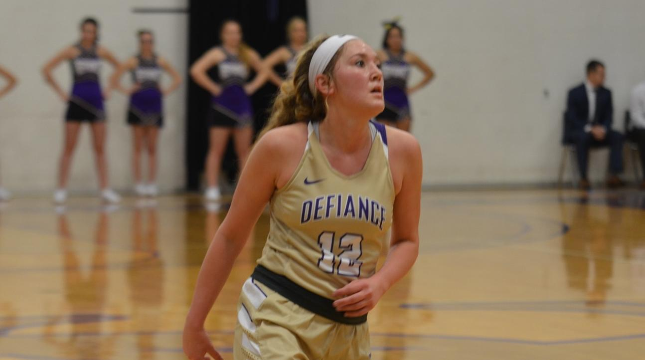 Yellow Jackets Fall in Tight Contest with Hanover