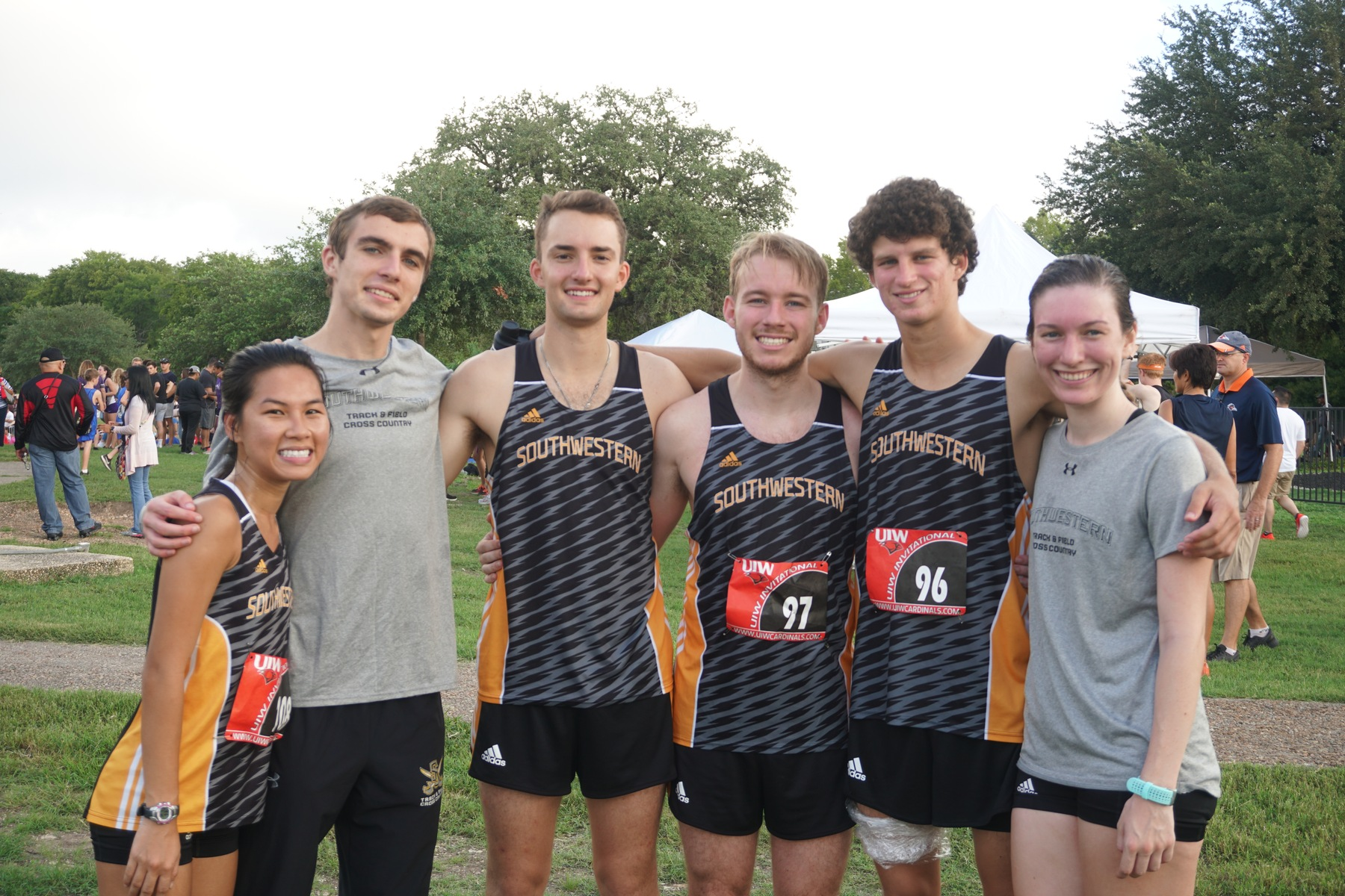 Men's Cross Country Defeats Mary Hardin-Baylor In Head-To-Head Meet