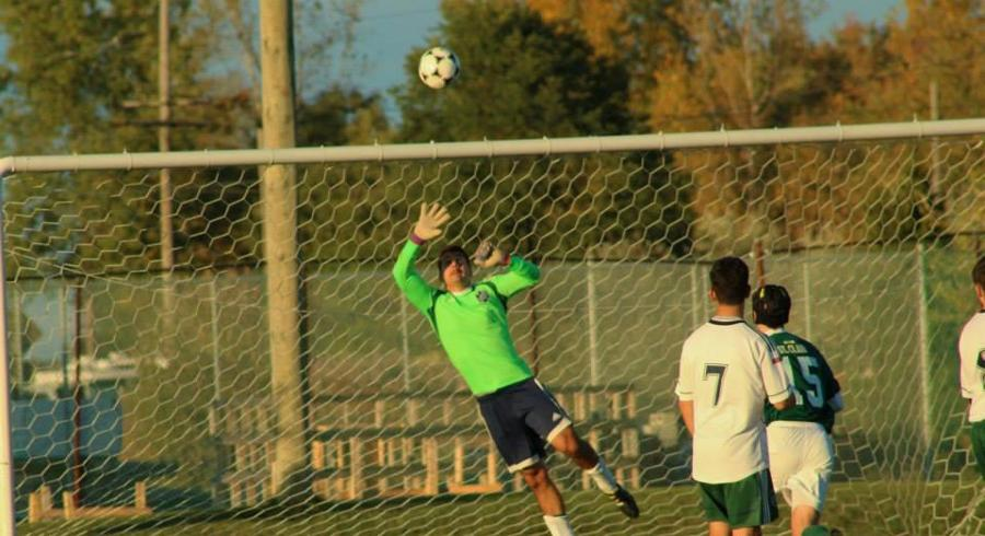 Men's Soccer Splits to keep Playoffs in Sight
