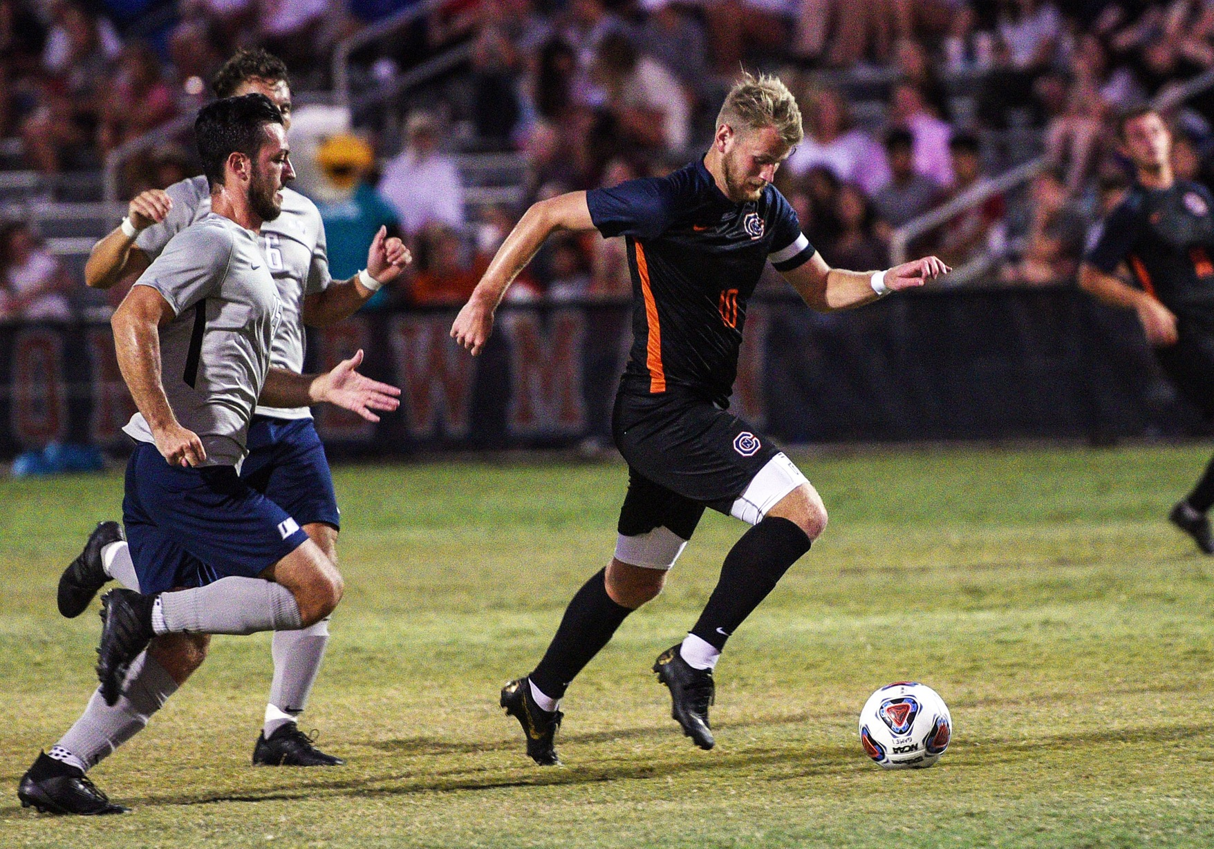Eagles draw with Trojans despite plethora of shots