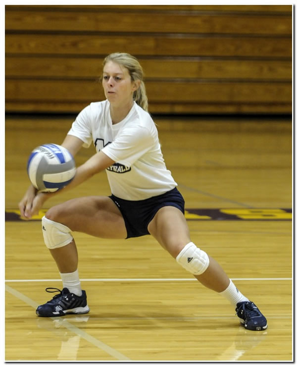 Lions' women's volleyball team wins HCAC opener over Rose-Hulman, 3-1