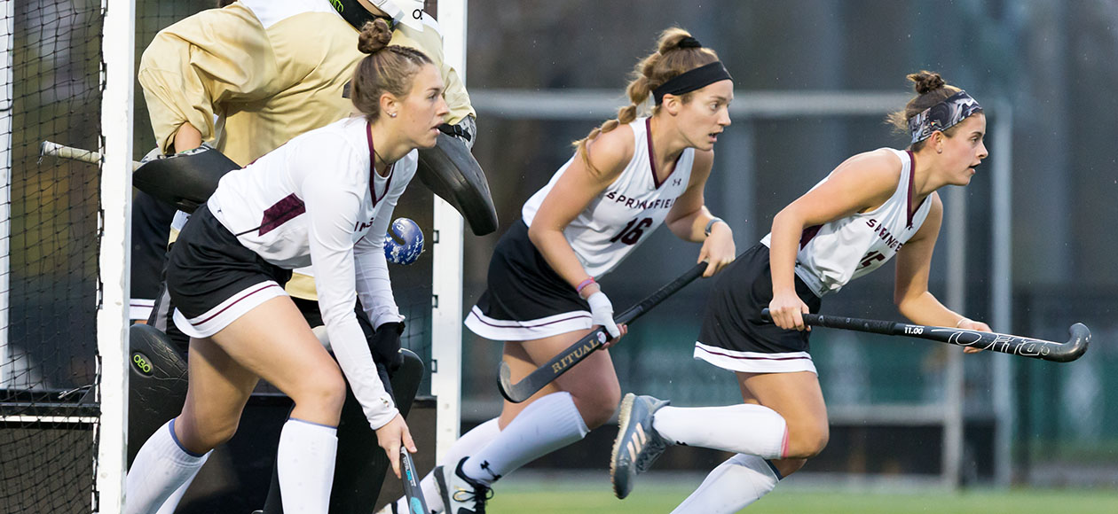 Field Hockey Drops 6-1 Decision To No. 15 Babson in NEWMAC Semifinals