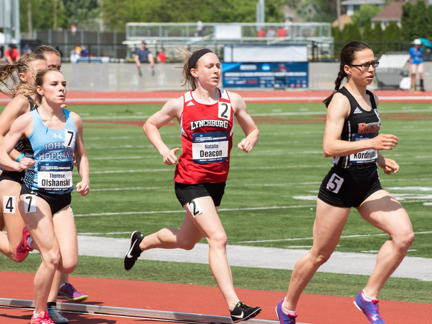 Natalie Deacon runs in the 1,500m at outdoor nationals.