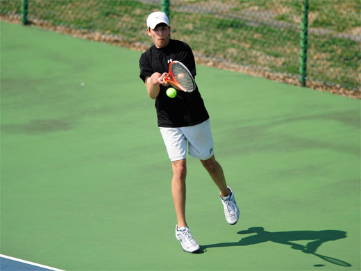 Men's tennis earns points in singles play, but fall to visiting Ducks