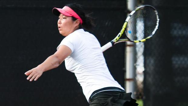 No. 2 women beat Chaminade 9-0 in second match in three days