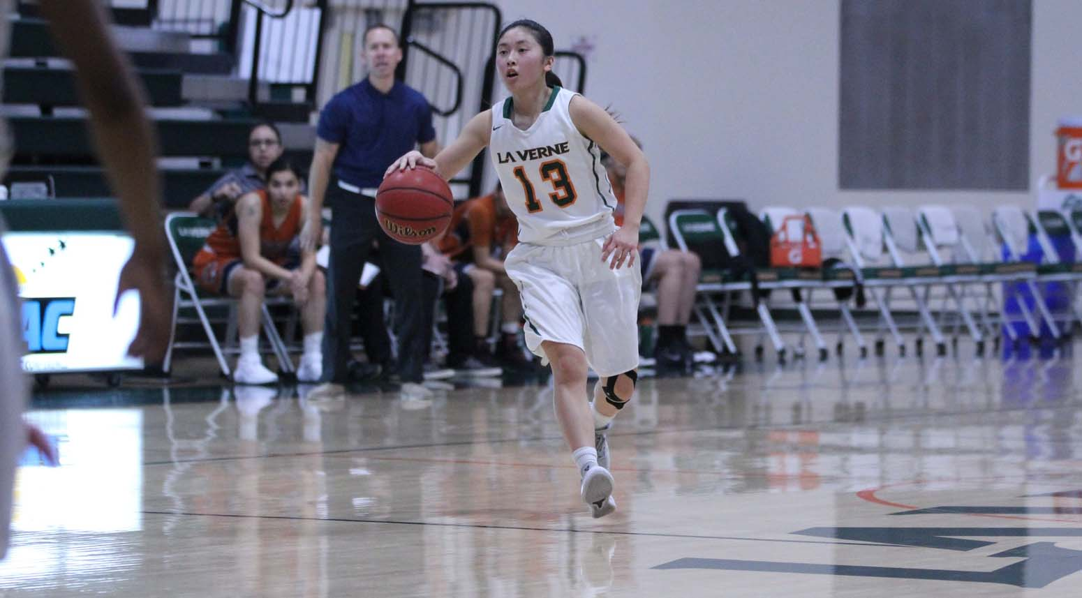 Women's Basketball wins third straight