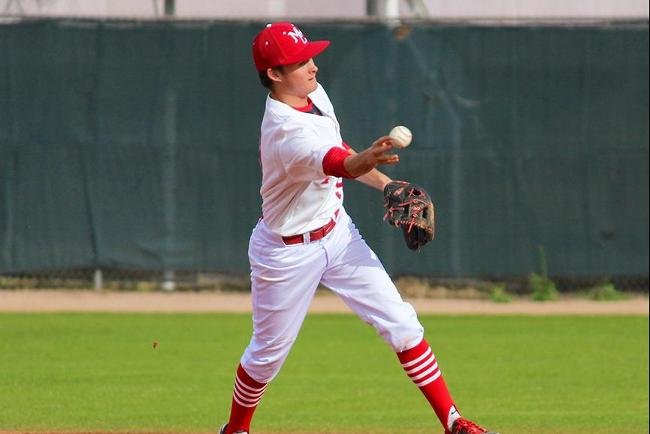 U of A Club Team no match for Mesa Baseball, T-Birds Win Both Games, 5-0, 14-0