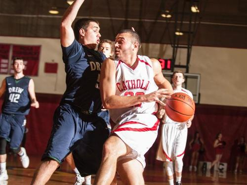 Stanford Scores Career-High 25 Points in 10-Point Win at Merchant Marine