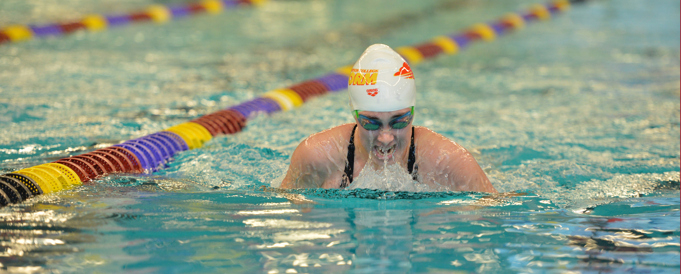 Women's swimming dominates in win over Tabor