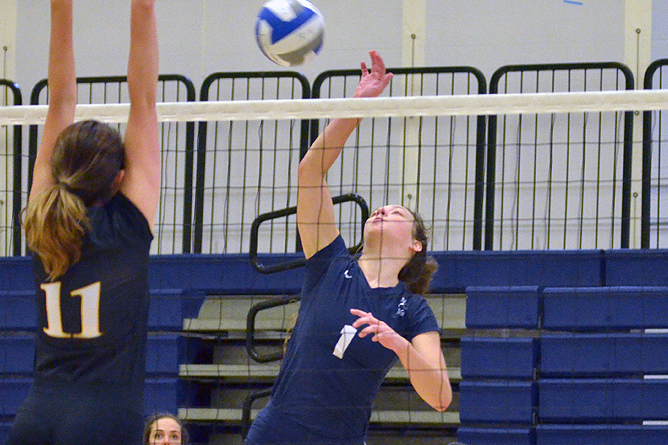 Fredonia Rallies Back to Defeat Women's Volleyball