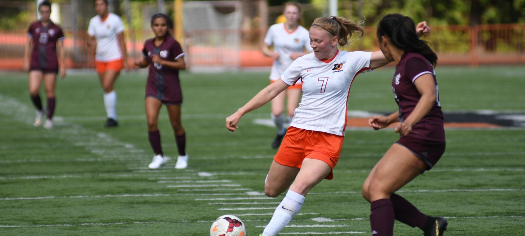 Pioneers end weekend away with a 2-0 loss to Whitworth