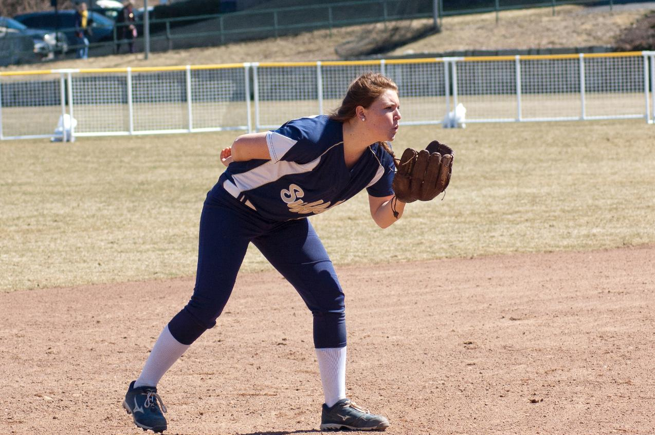Softball, Simmons Split GNAC Doubleheader