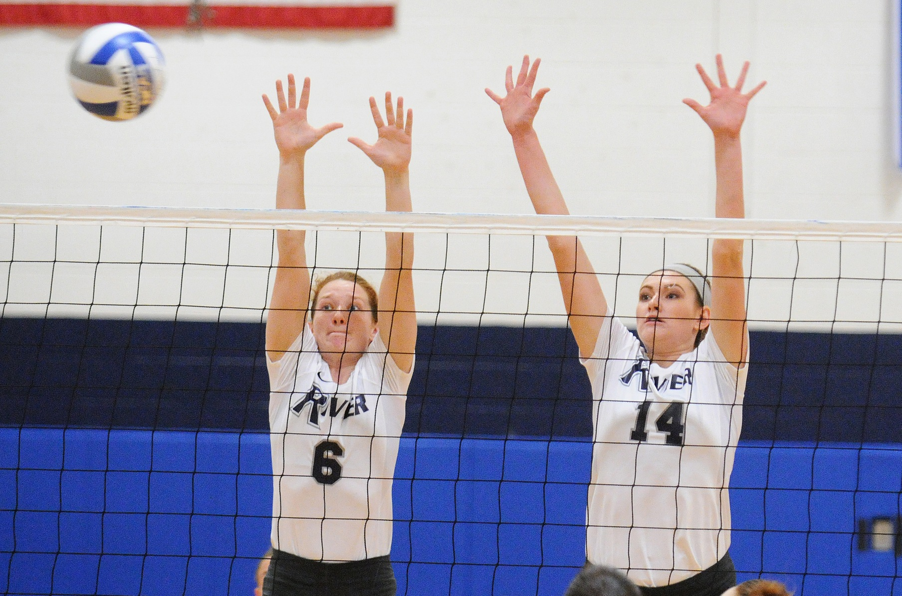 Women's Volleyball: Macken, Collins guide Raiders to 3-0 win over UNE