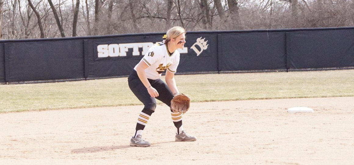 Softball Wins Pair of Close Contests at Davis & Elkins