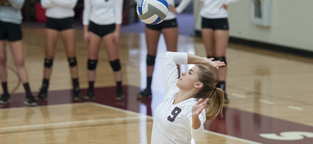 Women's Volleyball Downs Mount Holyoke In Regular-Season Home Finale