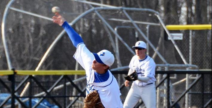 Baglow's complete game helps Baseball salvage split against Williams