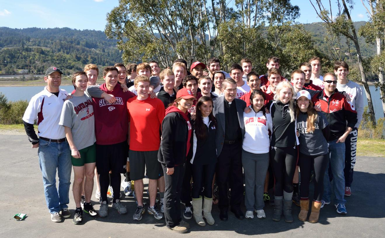 Bronco Rowing Hosts Successful Black Velvet