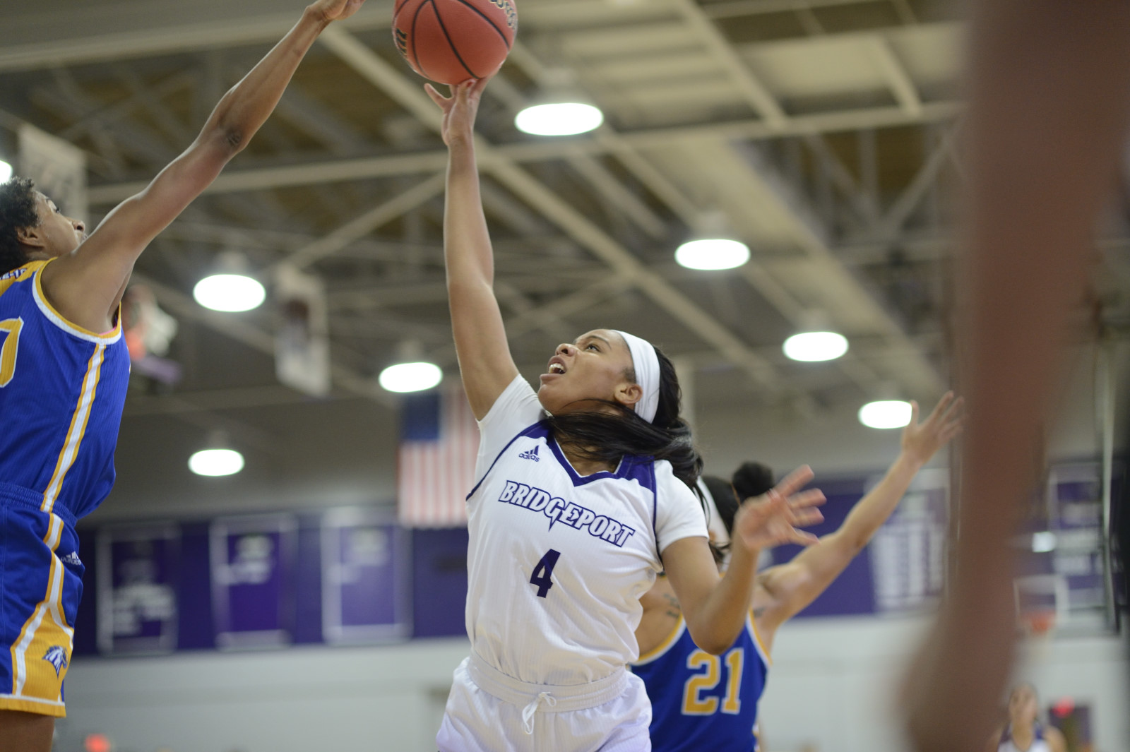 Women's Basketball Picks Up Third Straight Win With 70-52 Triumph Over Queens (N.Y.) College