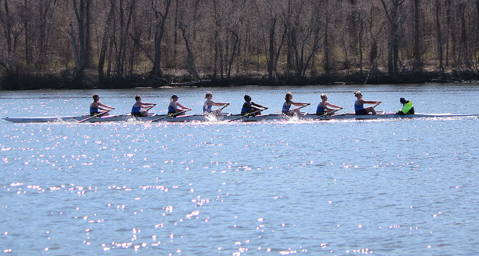 Rowing Concludes 2015-16 Season at NIRC Championships