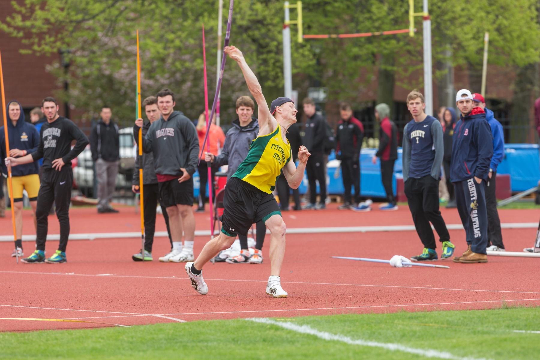 Fitchburg State Opens 2017 Outdoor Season At BSU Bears Invite
