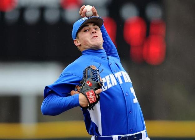 Brown Pitches Blue Devils to Split